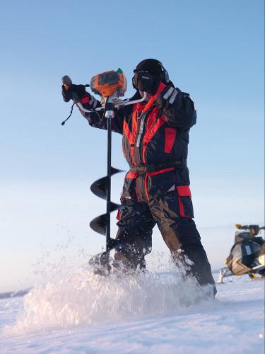 Ледовый мотобур - незаменимый помощник